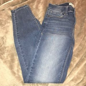 Mid low rise skinny jeans